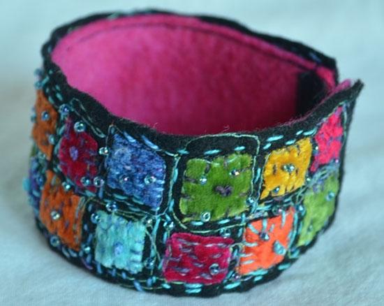 Armband av Lena Blommegård